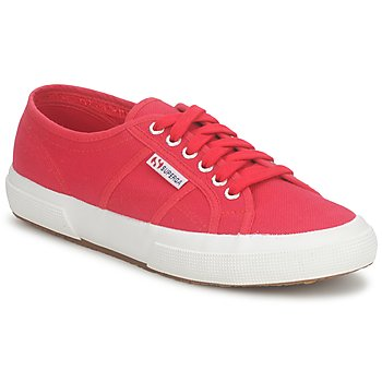 Superga 2750 COTU CLASSIC men's Shoes (Trainers) in Pink. Sizes available:11